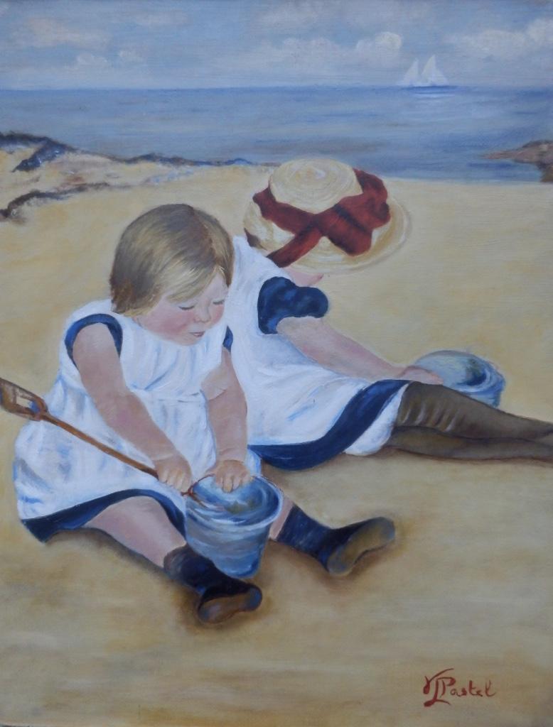 Enfant jouant sur la plage