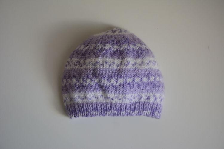 Chaussons roses Bonnet jacquard violet aed986618d2
