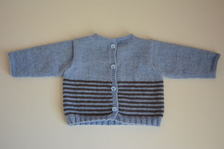 modèle tricot jacquard layette